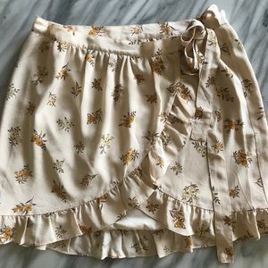Silk meadow wrap skirt in field bouquet